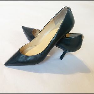 Ivanka Trump Black Leather Pointed Toe Pumps 9